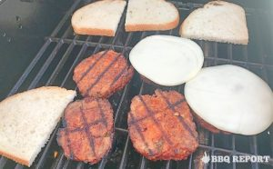 Grilling slices with bread and cheese